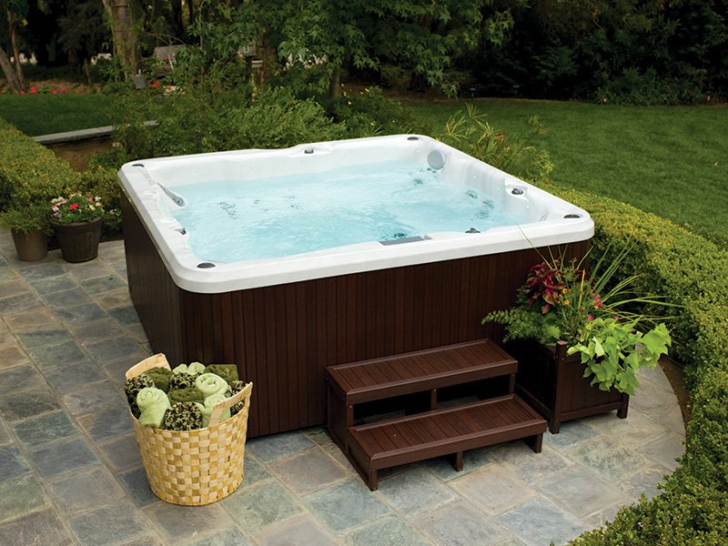 Essential 67 Jet Hot Tub Review