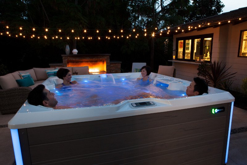 Essential 67 Jet Hot Tub